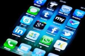 Social Media Apps on Apple iPhone 4